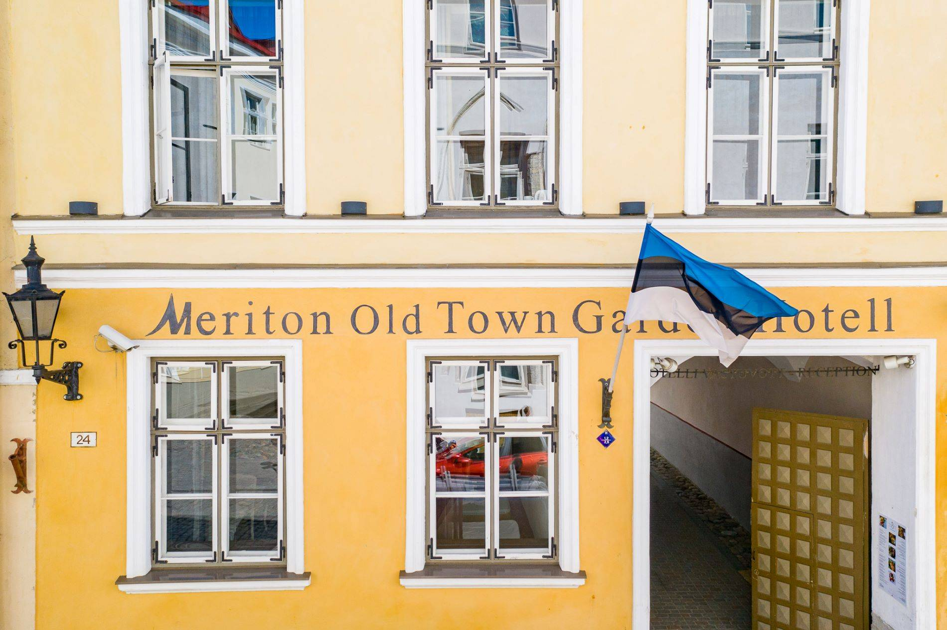 Meriton Old Town Garden Hotel Tallinnas
