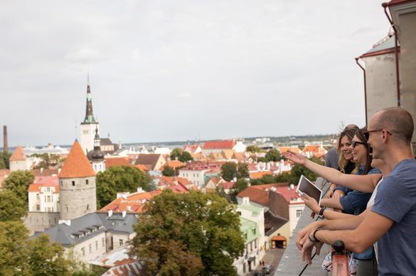 Tallinna vanalinnaseiklus nutimäng, Eesti