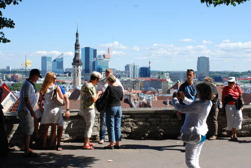 Guided Tallinn Official Sightseeing Tour