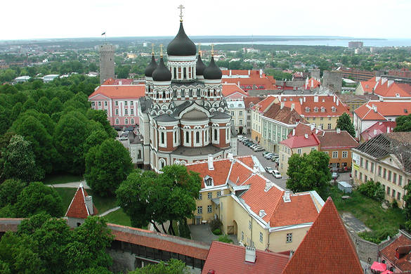 Tallinn Old Town Tour - a walk through medieval museum