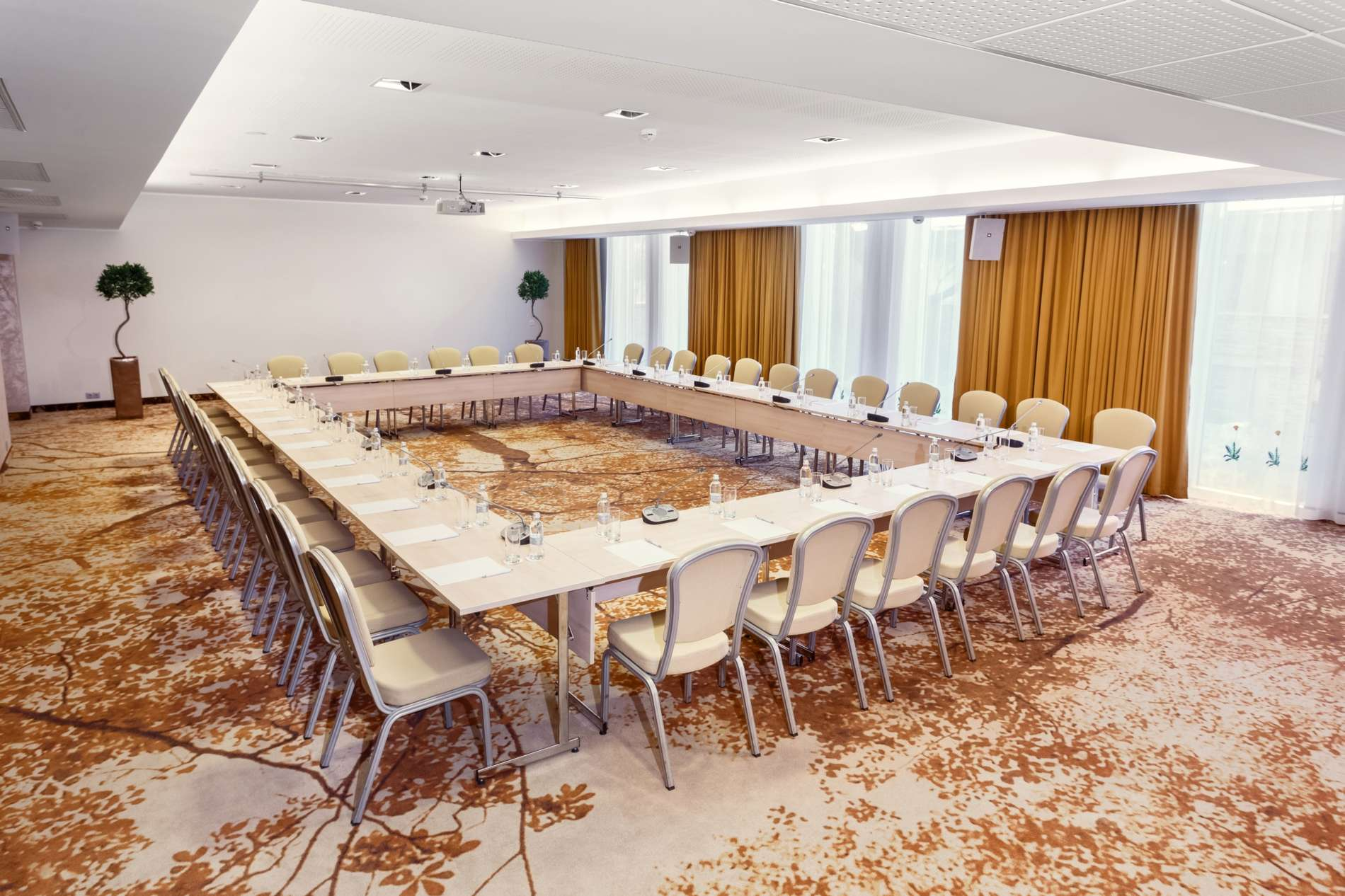 Nordic Hotel Forum_meeting room_Sergei Zjuganov_2017