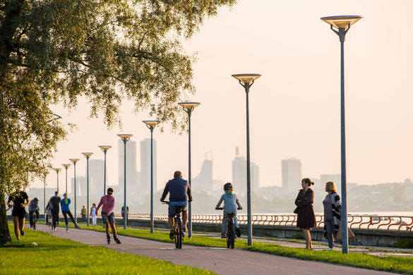 A long-time favourite of pedestrians, cyclists and skaters alike, this 2km paved pathway stretches along the waterfront from Kadriorg to Pirita. It offers by far the most spectacular views of the Tallinn's rocky shoreline with the Old Town cityscape in the distance.