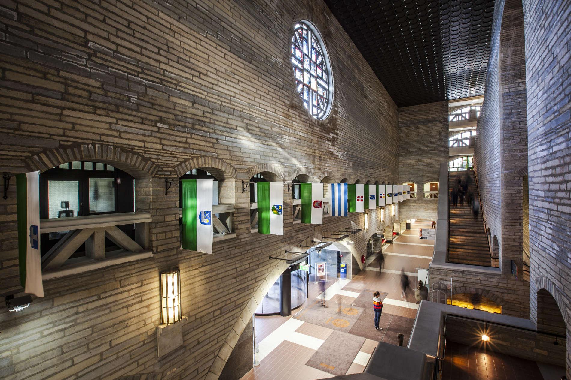 National Library of Estonia_fuajee