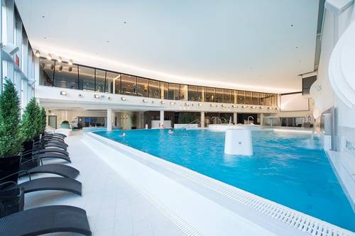 Meriton Wellness Spa and Aqua and Sauna Centre