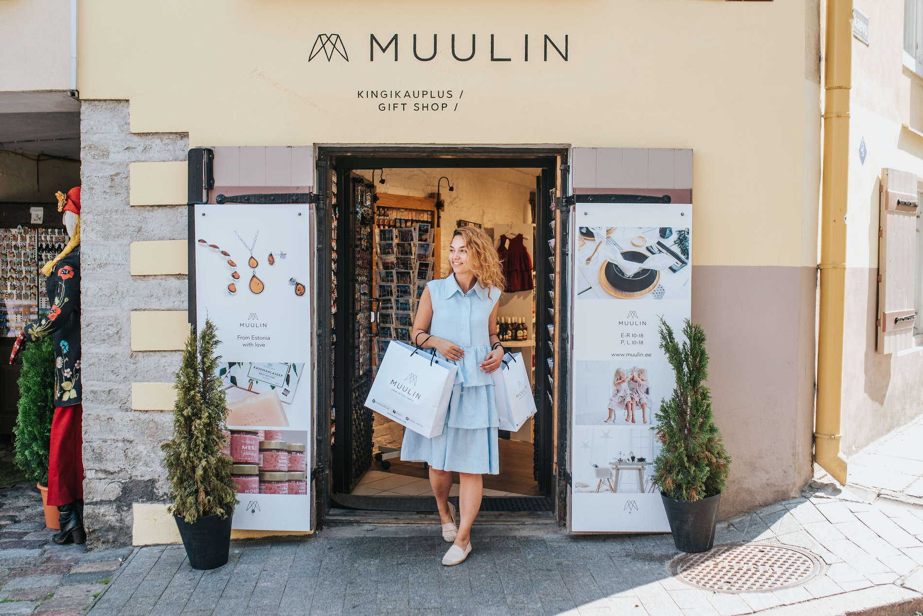 Muulin shop, outside