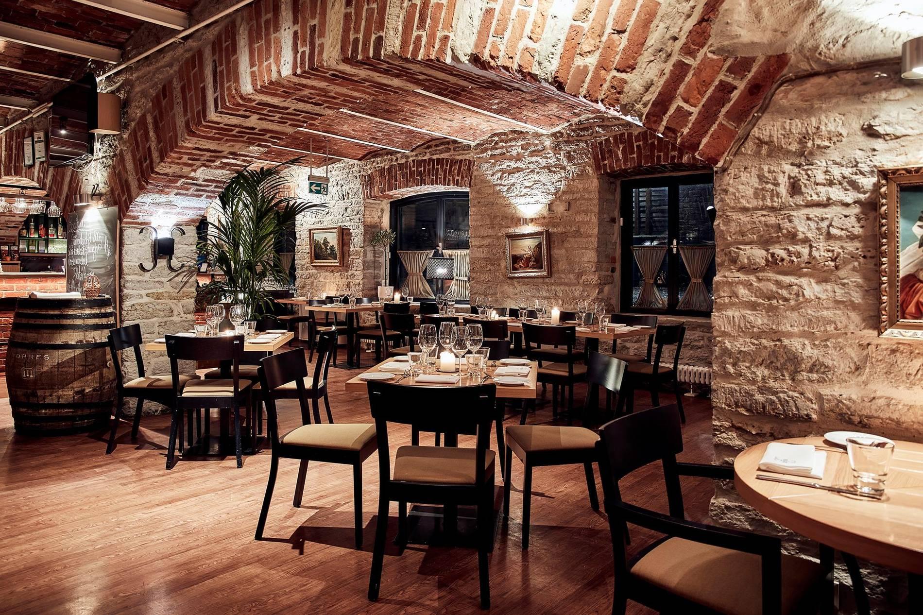 Platz ravintola Tallinnassa, Virossa