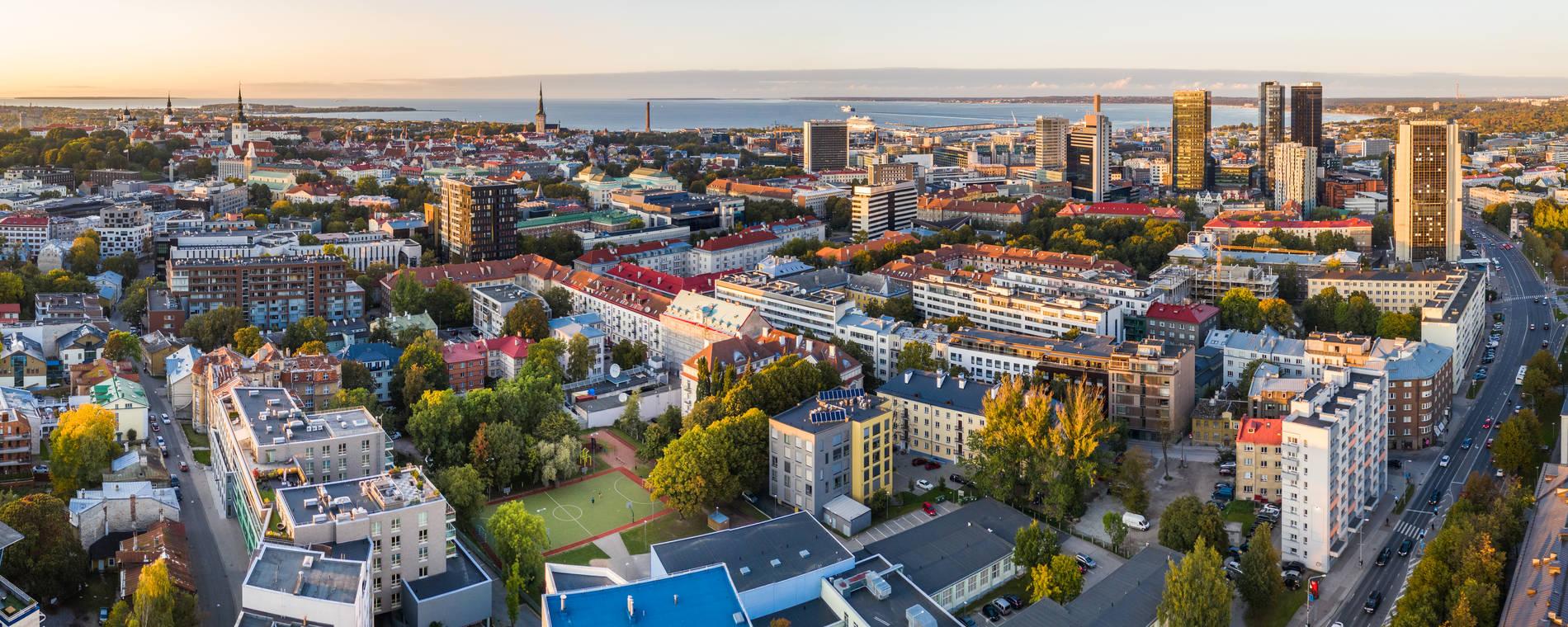 Vaade kesklinna hoonetele Tallinnas, Eestis