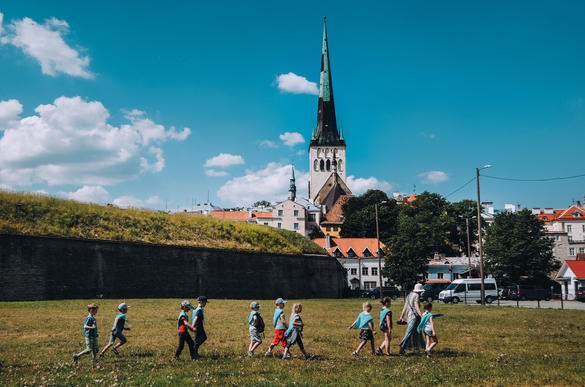 Children walking in a green Tallinn