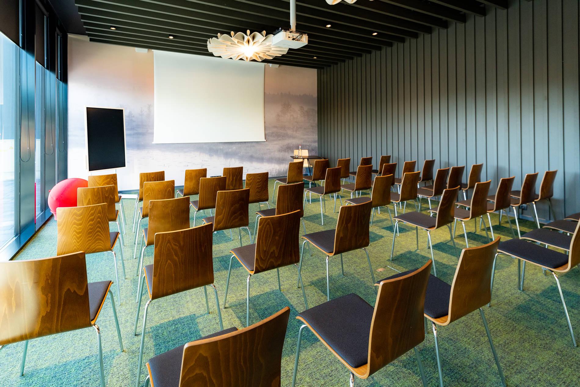 ibis Tallinn Center - konverentsiruum