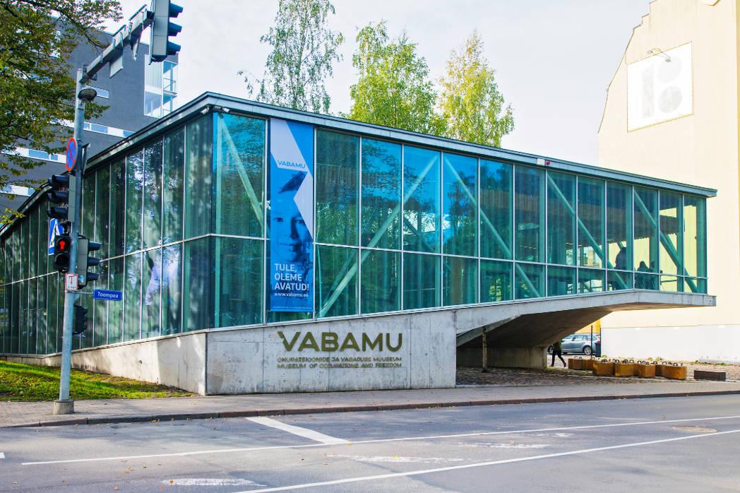 Vabamu Museum of Occupations and Freedom - välis